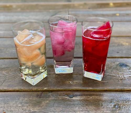 Cool down with iced tea cubes