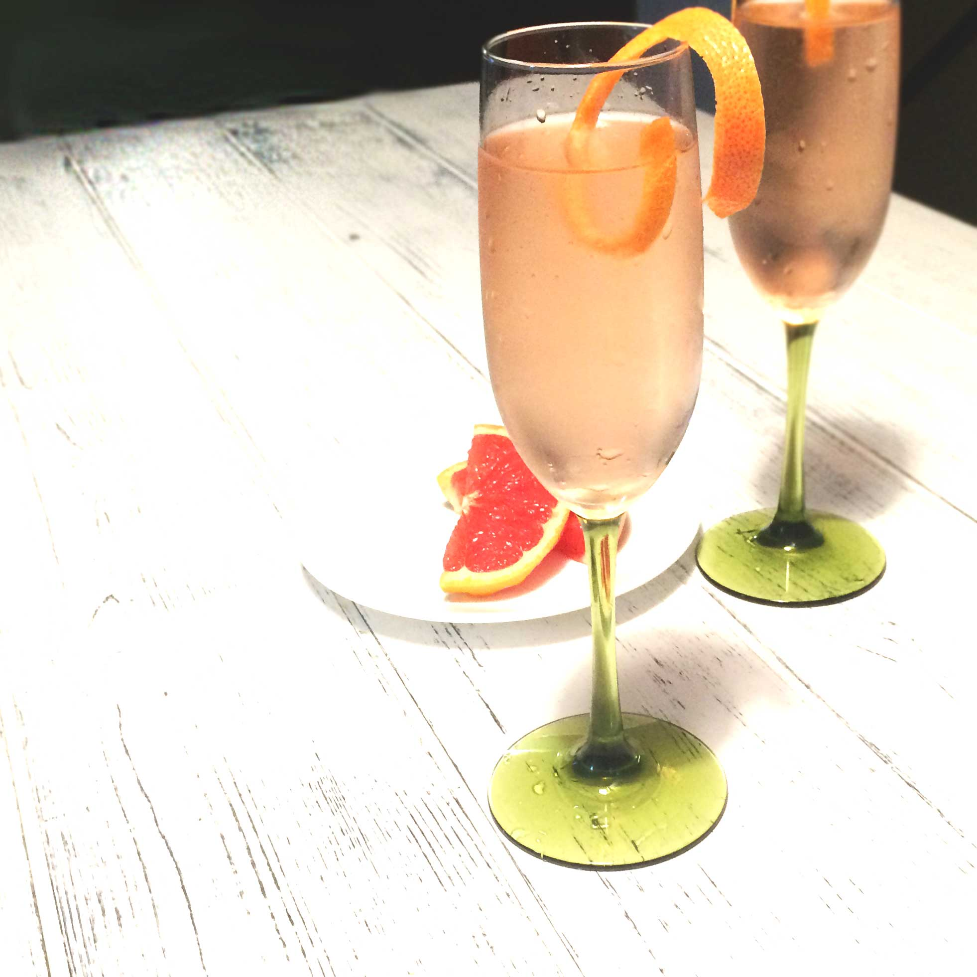 Teatail: Grapefruit Ginger Sparkler