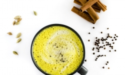 How to make a turmeric latte and reap the healthy benefits